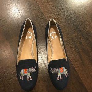 NWOT C Wonder Elephant Loafers